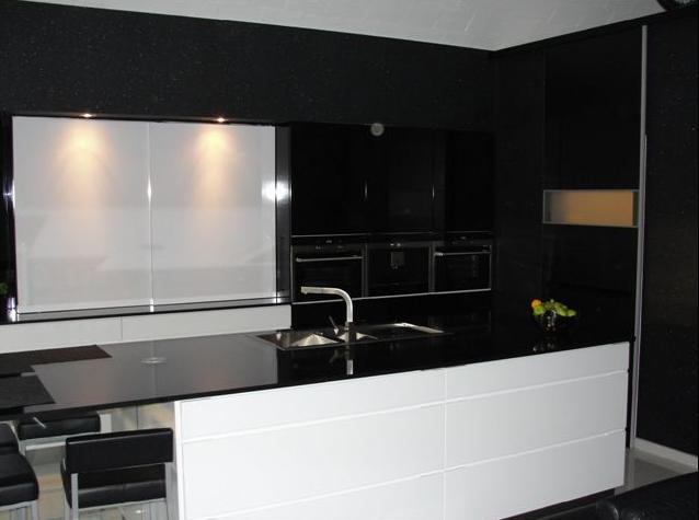 Keuken werkblad witte - Witte keuken met zwart werkblad ...